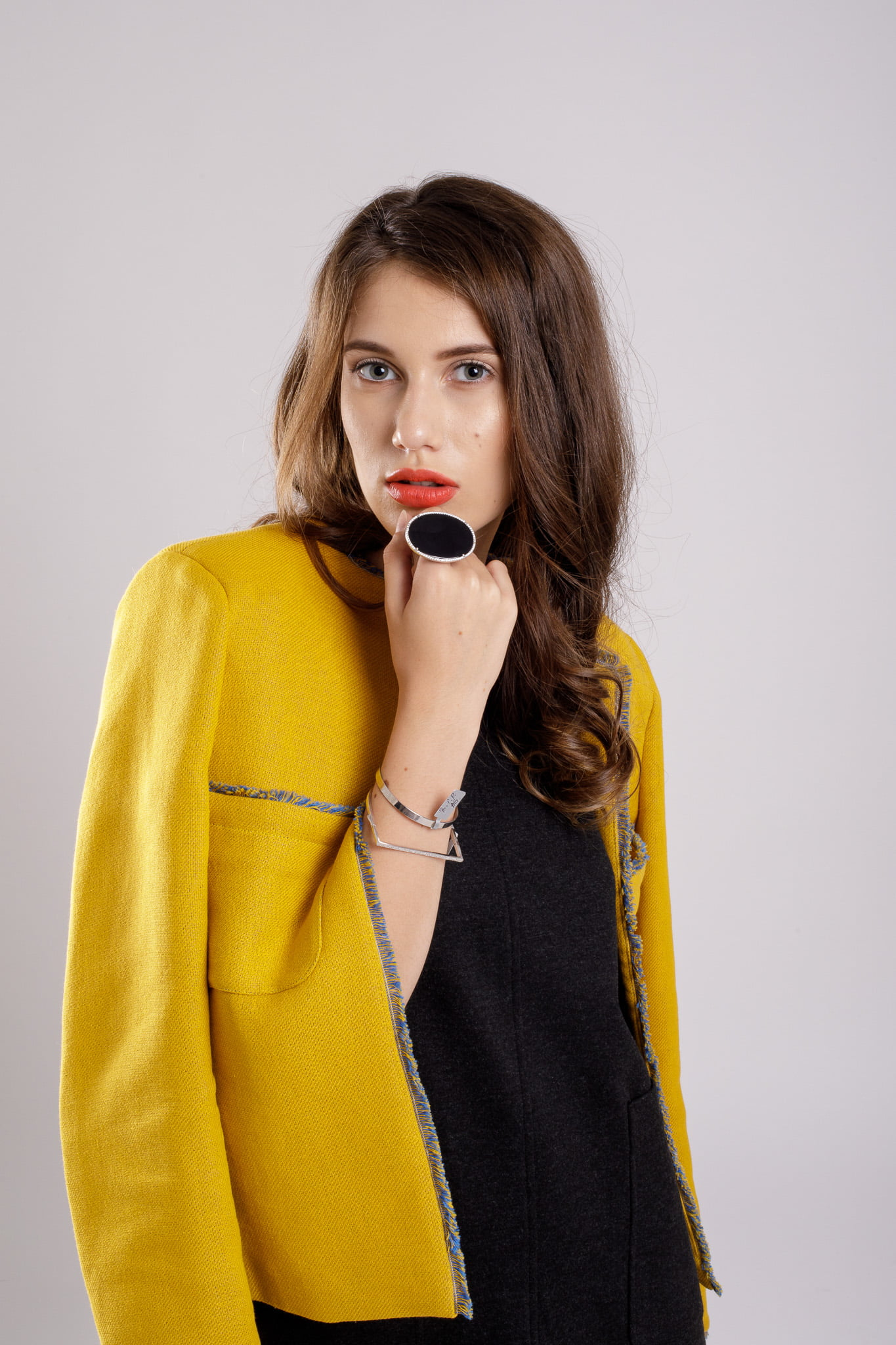 jacheta scurta yellow coat